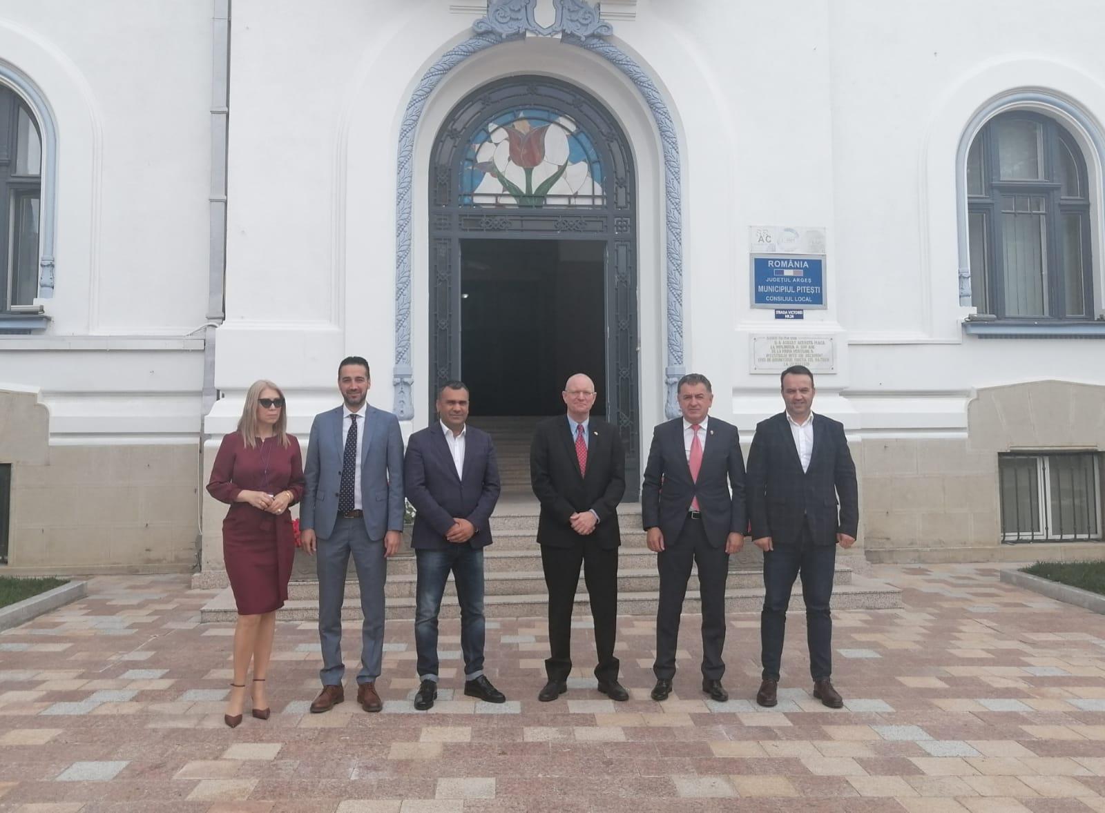 Ambasadorul Danemarcei a venit la Pitești