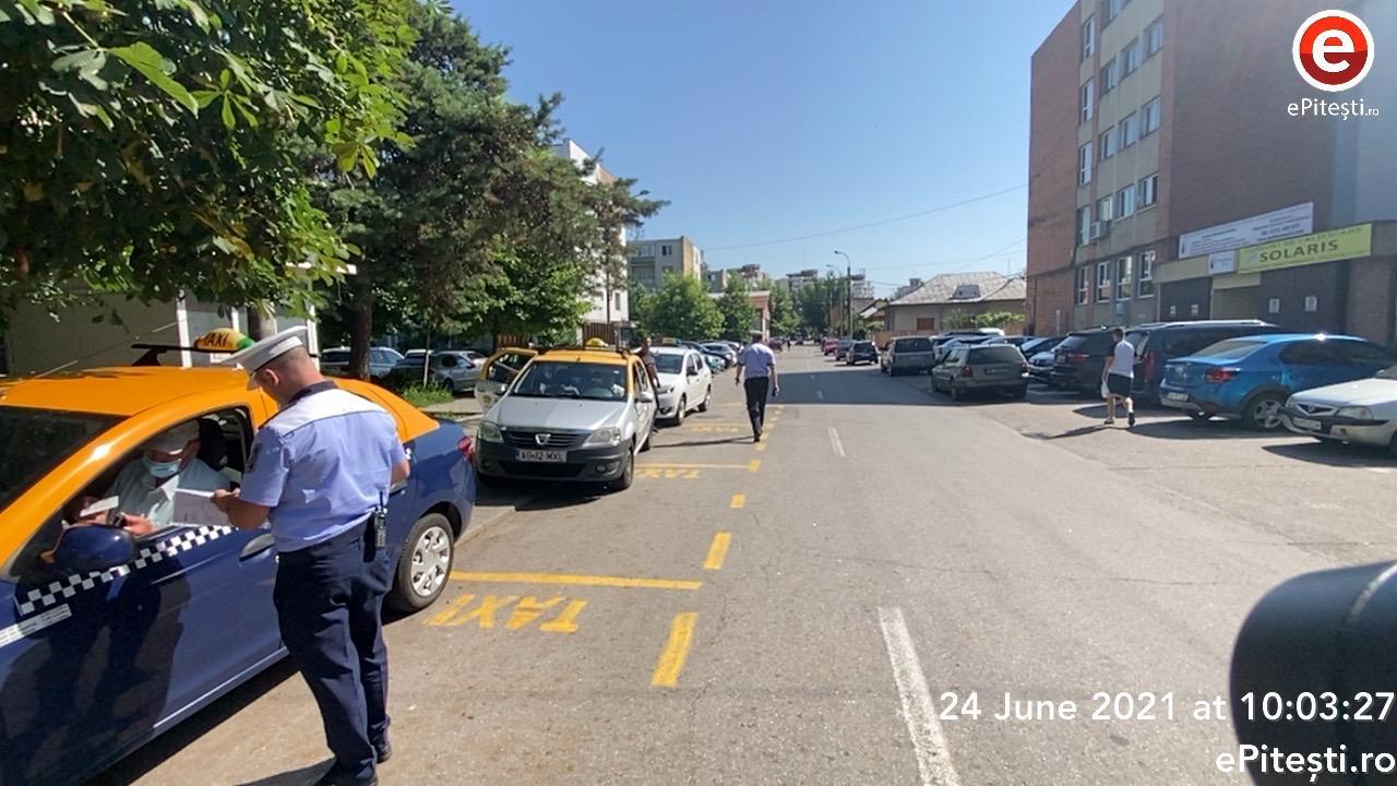 Video: Taximetriştii din Piteşti, în vizorul poliţiştilor locali. Sunt verificate TOATE documentele