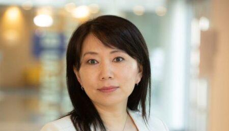 O asiatică, șefă de comunicare la Dacia!