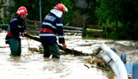 Cod portocaliu de inundații în Argeș!