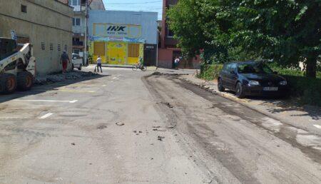 Se reabilitează parcările în Pitești