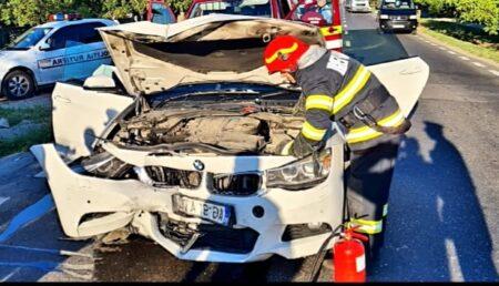Accident în Leordeni. Trei mașini implicate