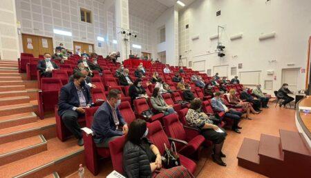 Administraţia oraşului Mioveni se reuneşte într-o şedinţă publică