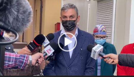 """Video: S-a deschis secţia COVID a Spitalului Mioveni. """"Este un sentiment de tristeţe, fiindcă există vaccin"""""""