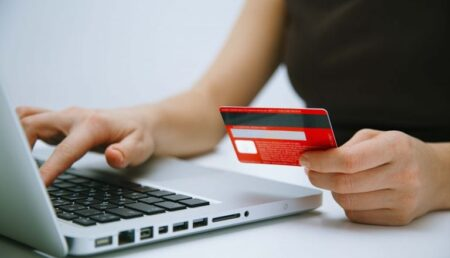Mioveni: Impozitele și taxele pot fi achitate și online
