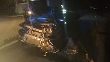 Video: Accident cu un autoturism şi o autoutilitară pe DN 73