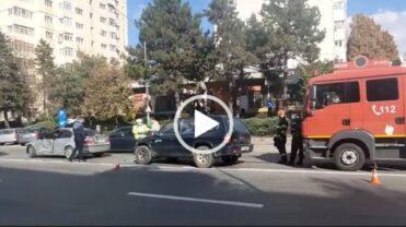Video: Accident în Pitești, două autoturisme implicate