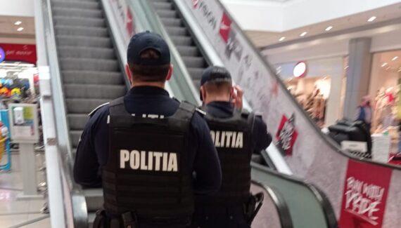 Controale la mall, în magazine și pe străzi în prima zi de restricții
