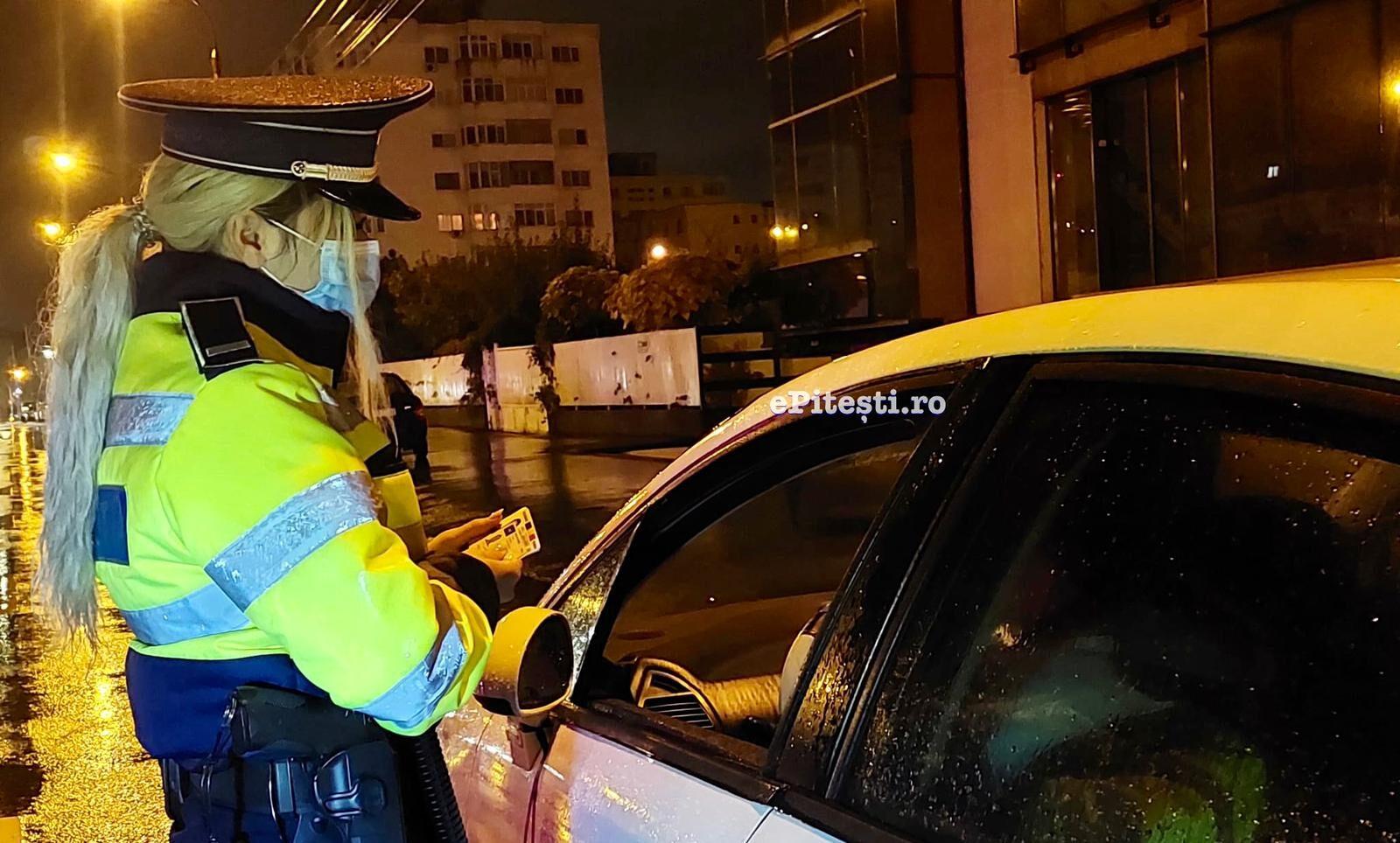Video – Noapte albă pentru polițiștii argeșeni. Verificări masive în trafic, în localitățile carantinate